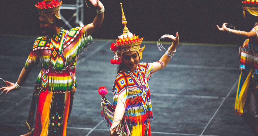 Amazing Thailand Dancers KLPF 2016 Shades of Qaeds